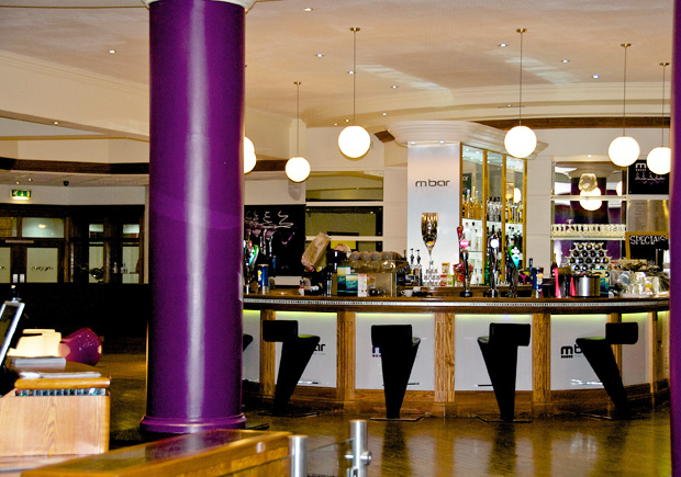 M Club restaurants and refreshments